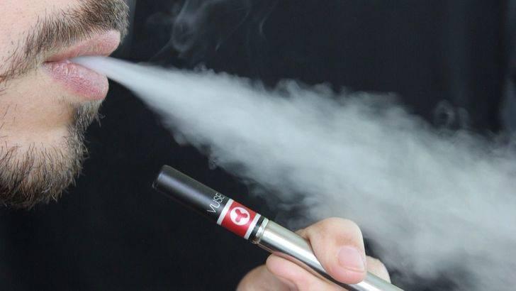 La probabilidad de dejar de fumar con el cigarrillo electronico es un 28% inferior que sin este dispositivo