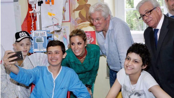 Richard Gere ayuda a los niños con cáncer