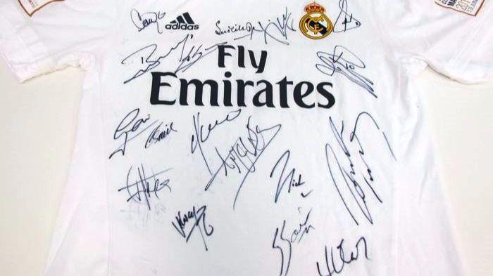 NIÑOS CON CÁNCER y los veteranos del Real Madrid se unen en una camiseta que hará leyenda