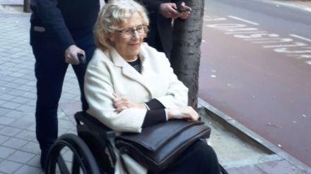 La alcaldesa de Madrid recibe el alta hospitalaria