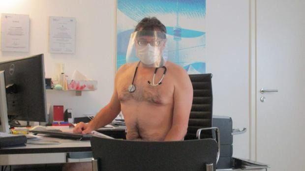 Médicos alemanes posan desnudos en protesta por la escasez de equipos médicos de protección