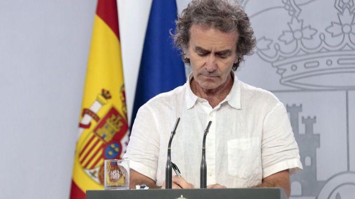Casi 45.000 sanitarios infectados por Covid-19 en un día marcado por el repunte de muertes en España