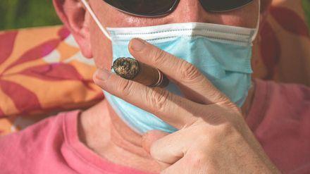 El tabaco y los cigarrillos electrónicos multiplican el riesgo ante el Covid-19
