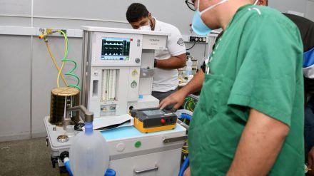 Sanidad ha distribuido a las comunidades autónomas 7.776 respiradores desde el mes de marzo