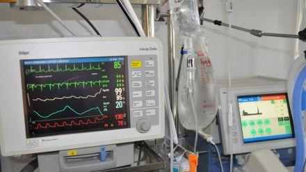 En la UCI del Hospital de Móstoles: 'Los pacientes cada día son más jóvenes'