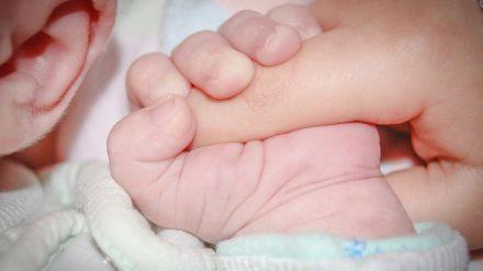 Covid-19: No existe transmisión mediante la leche materna