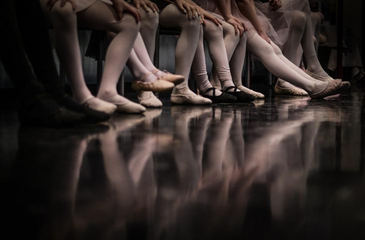 El baile como actividad física saludable y de bajo riesgo