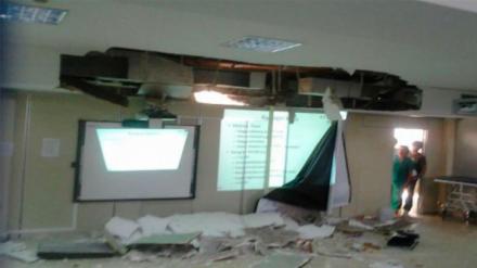 Se cae parte de un techo de una UCI del Clínico de Madrid, sin provocar heridos